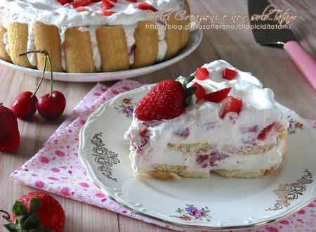 Torta fredda alle fragole, facile e veloce, con video ricetta
