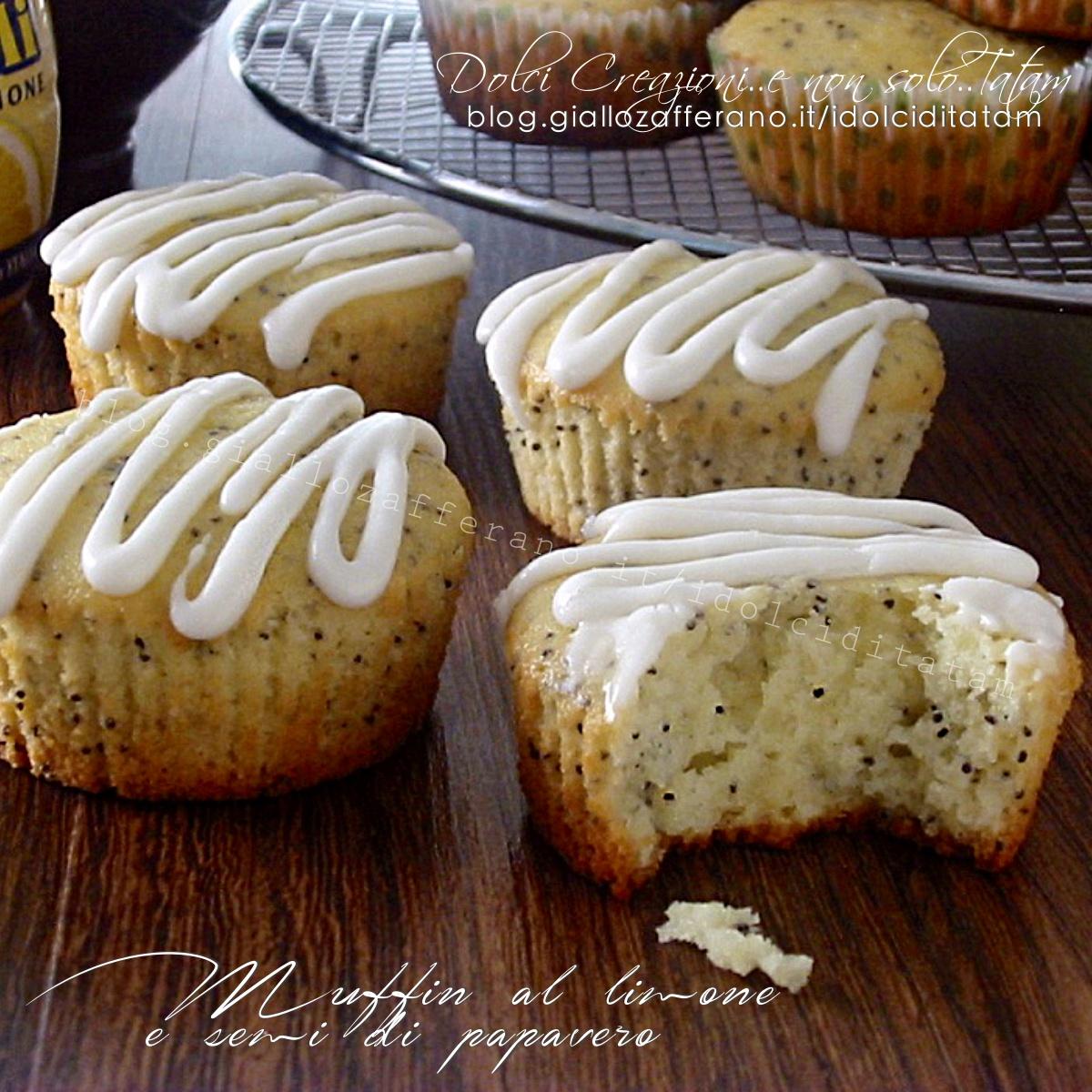 Muffin al limone e semi di papavero1