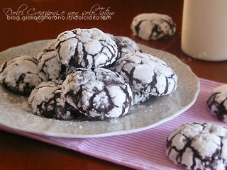 Biscotti screpolati al cacao