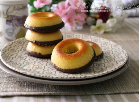 Ciambelline speziate al cioccolato, cotte al forno, facili e veloci