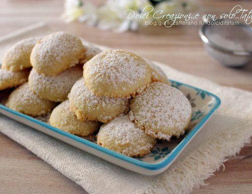 Ricetta Biscotti morbidi alla vaniglia, che si sciolgono in bocca -video ricetta