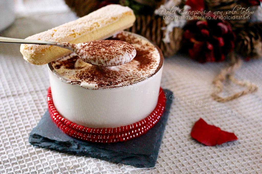 Crema mascarpone e panna, dolce al cucchiaio o per farcire