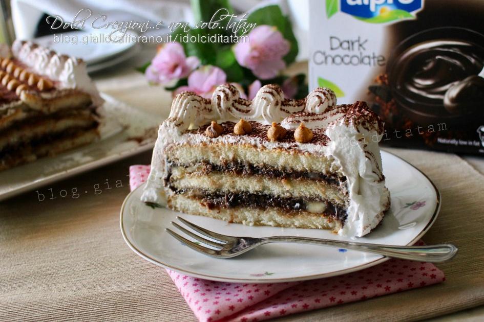 Torta fredda banane e cioccolato con savoiardi, senza cottura