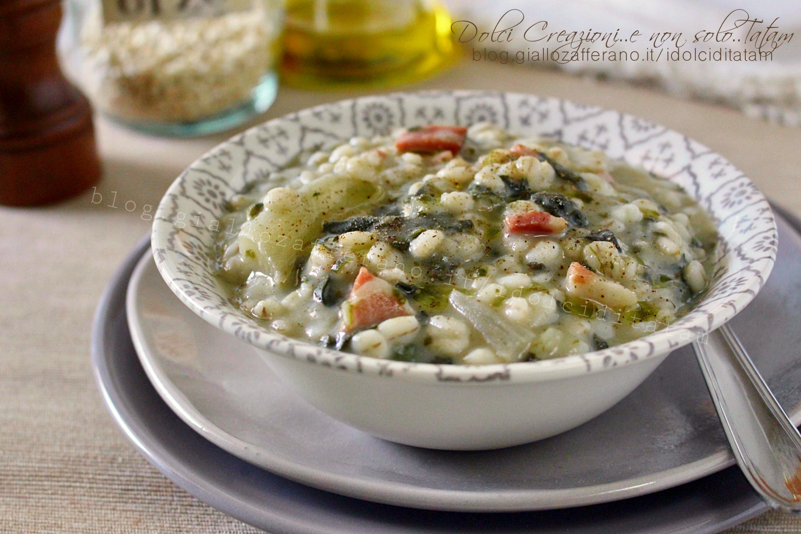 Zuppa di orzo con speck e bietole