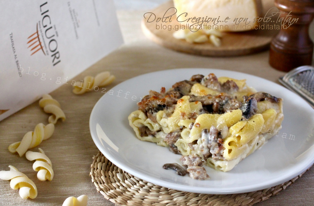 pasta-al-forno-con-salsicce-e-funghi1