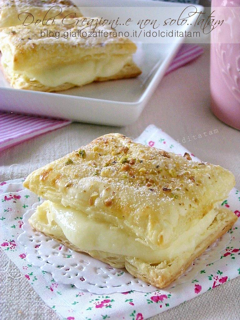 Sfogliatine alla crema e pistacchi