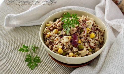 Insalata di riso integrale e quinoa con tonno e limone