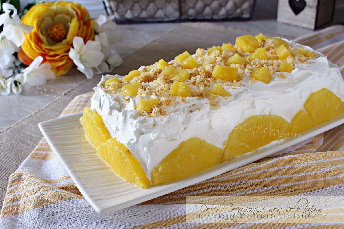 Torta fredda con ananas fresco