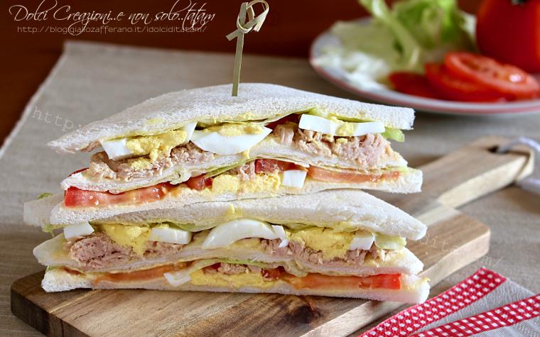 Tramezzini sfiziosi con tonno, uova e maionese, più buoni di quelli del bar!