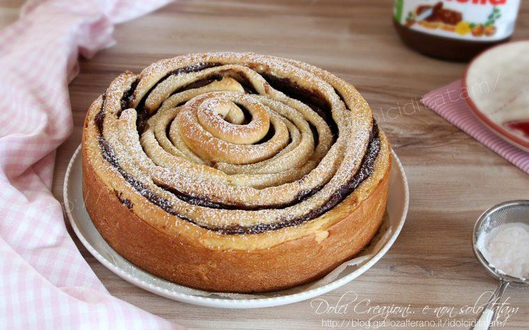 Torta a spirale di pan brioche alla nutella, ricetta fotografata