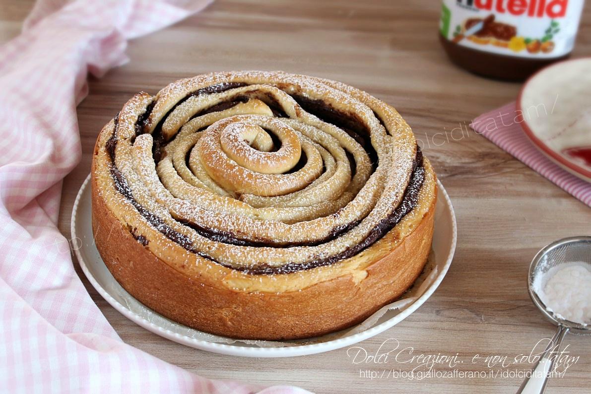 Torta a spirale di pan brioche alla nutella