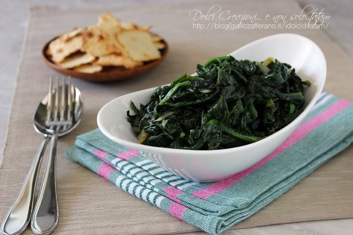 Come cuocere gli spinaci in padella