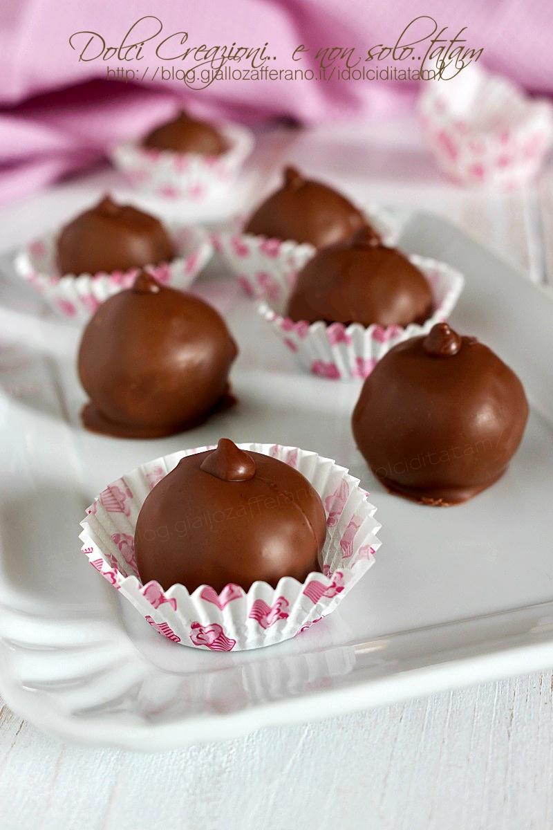 Tartufi al cioccolato e marmellata