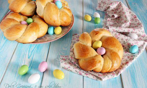 Ricetta Brioches intrecciate di Pasqua, sofficissimi dolci di pan brioche. Foto ricetta