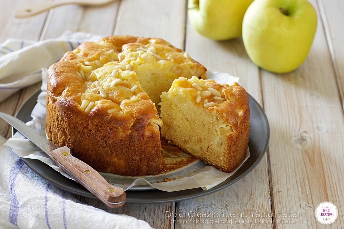 Torta soffice di mele con confettura