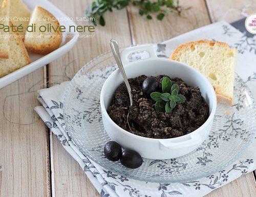 Paté di olive nere, da spalmare. Pronto in 5 minuti!
