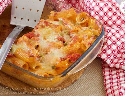 Pasta e piselli al forno, con mozzarella filante