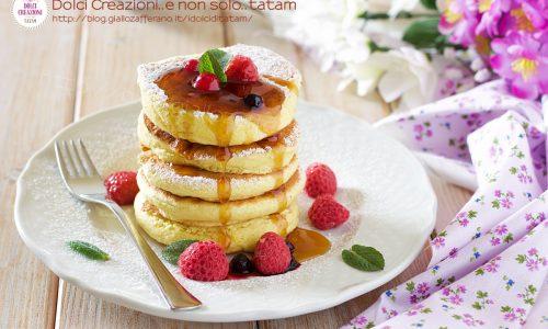 Pancakes souffle sofficissimi, senza grassi  e pochissimo zucchero.