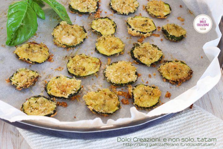 Chips di zucchine al parmigiano