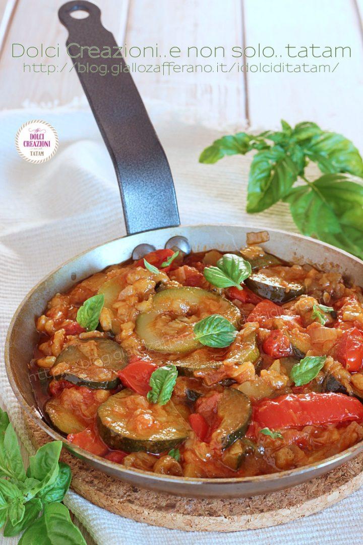Contorno mediterraneo con verdure di stagione