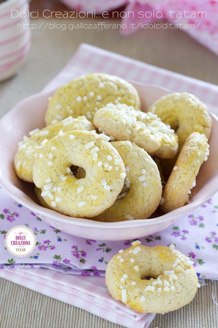 Dolci Ciambelline biscotti frollini