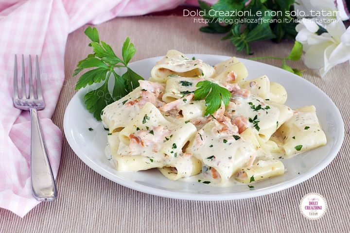 Pasta con salmone affumicato e philadelphia