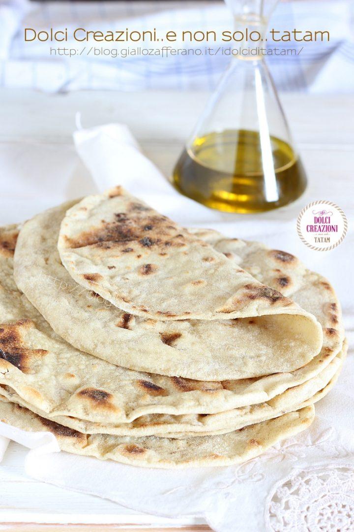 Piadine all'olio fatte in casa senza strutto, senza lievito