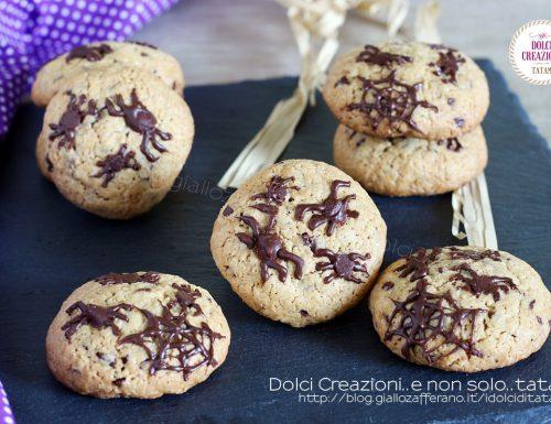 Biscotti di Halloween infestati da ragni e ragnatele