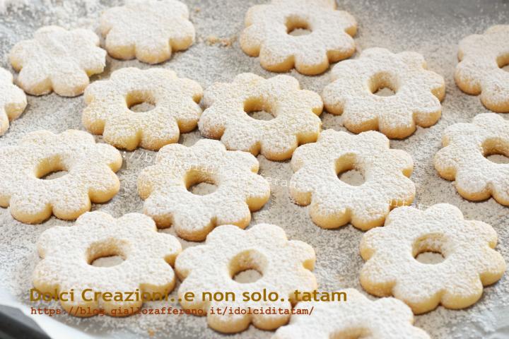 Ricetta Canestrelli biscotti ai tuorli sodi