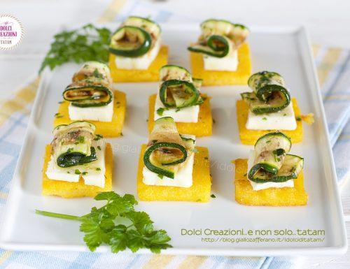 Tartine di polenta con zucchine e brie