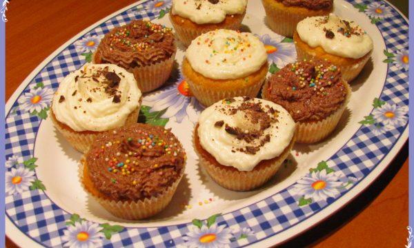 Cupcakes con frosting al philadelphia