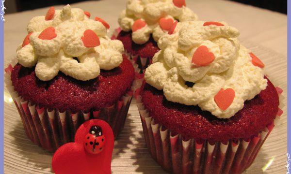 Red velvet cupcakes di San Valentino