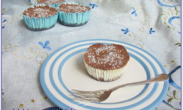Mini cheesecakes cocco e cioccolato