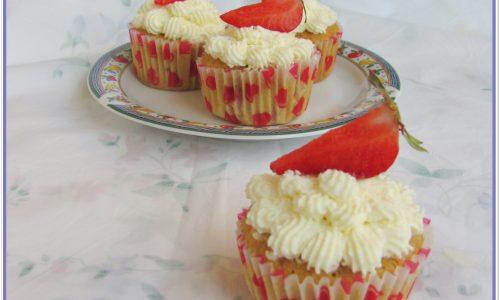 Cupcakes alle fragole e limone