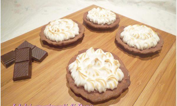 Crostatine meringate al cioccolato