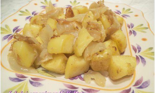 Padellata di patate e cipolle