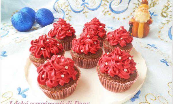 Red velvet cupcakes natalizi