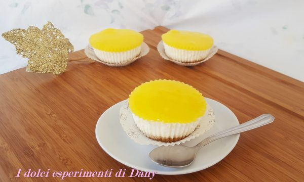 Mini cheesecakes al limone senza cottura