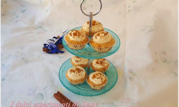 Mini cupcakes allo sciroppo d'acero e cannella