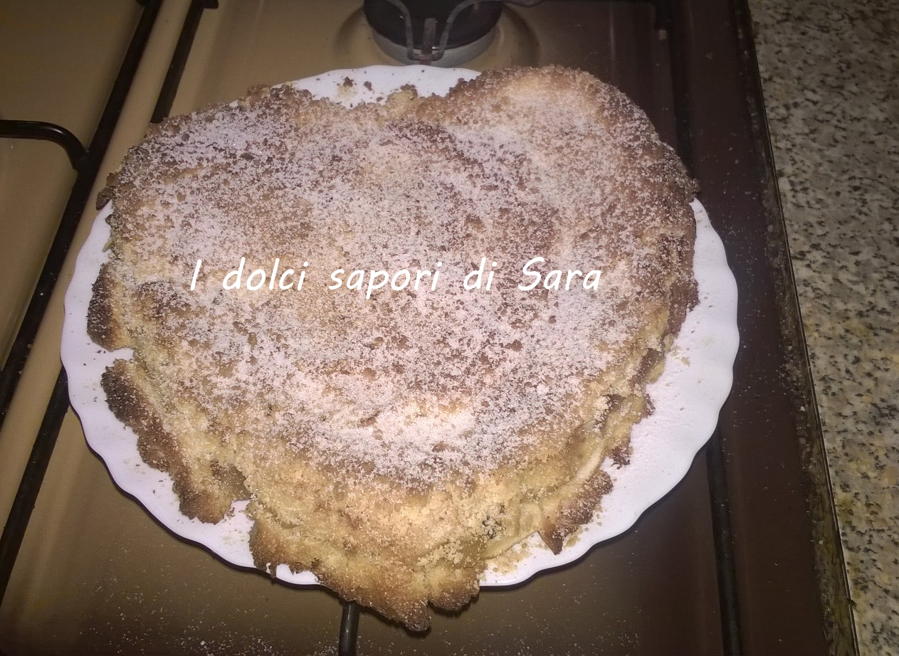 Torta di mele con pandoro