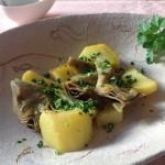 Carciofi con patate in padella
