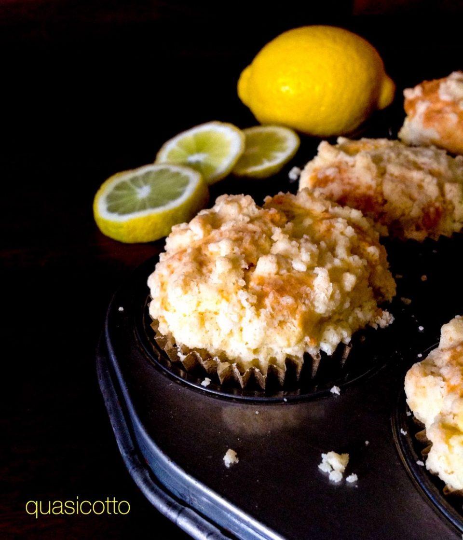 Muffins al limone con crumble