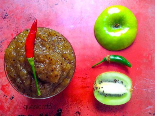 Marmellata piccante di kiwi e mela verde