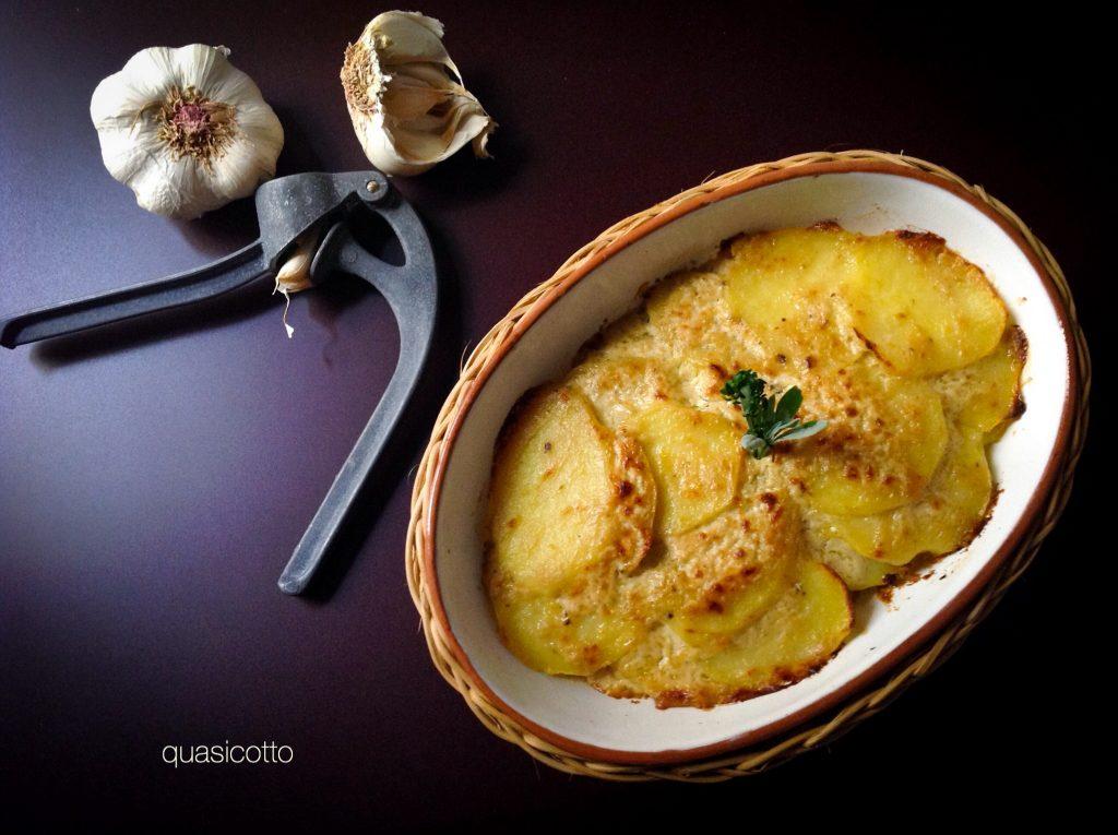 Topinambur con crema di bagna caoda ricetta di un Piemontese