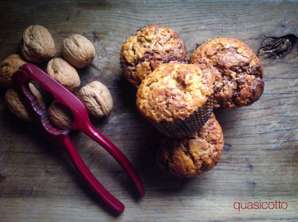 Muffins con noci e crema di cioccolato senza burro