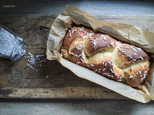 Pan brioche con lievito madre al profumo d'arancia