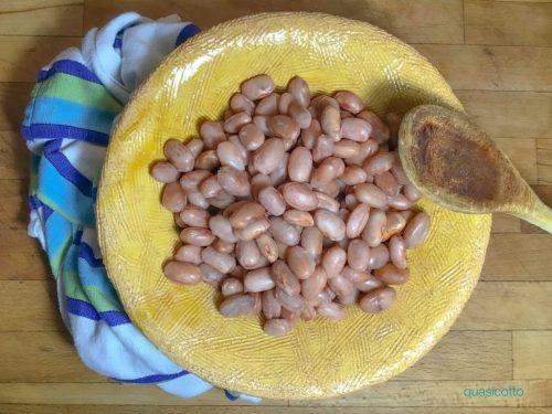 Come cuocere i fagioli secchi senza ammollo