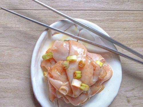 Come marinare il petto di pollo per cuocerlo morbido e saporito