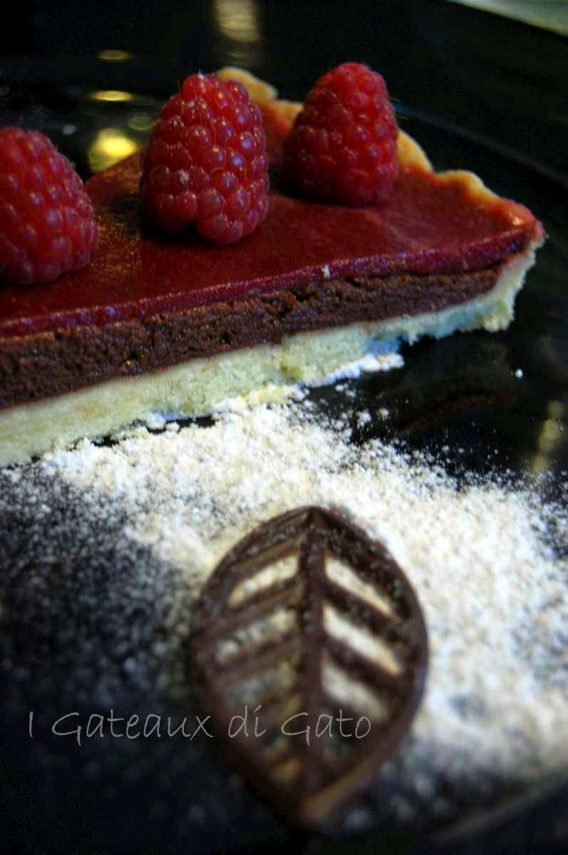 torta al cioccolato con gelatina di lamponi 3