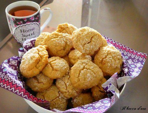 Biscotti marocchini: ghoriba cocco e miele